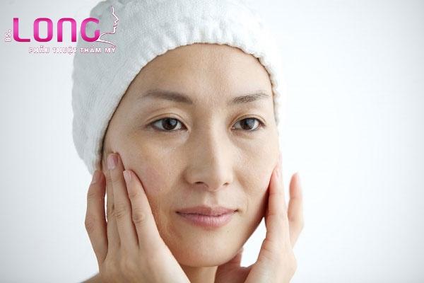 tac-dung-dieu-ky-khi-cang-da-mat-bang-chi-collagen