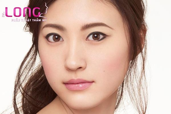 nang-chan-may-co-vinh-vien-khong